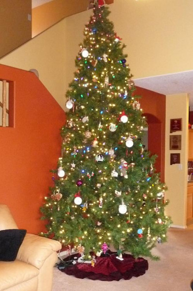 Two Tiered Luxe Christmas Tree Skirt Best Fabric Store Blog