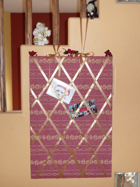 French memo board Christmas card display - Best Fabric