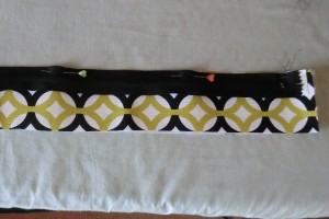 zippered bag 024