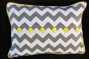 button pillow 041