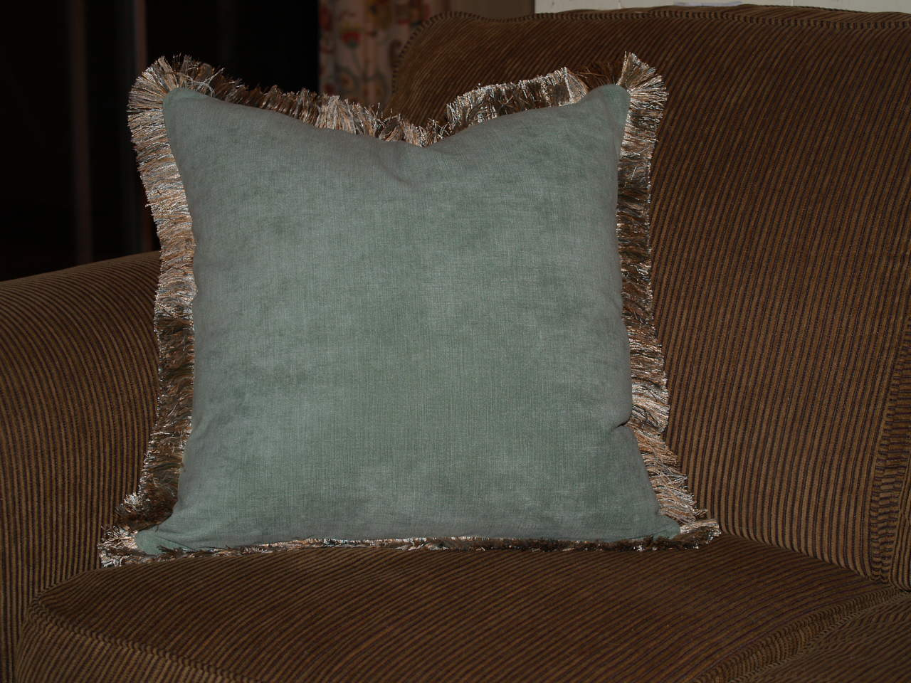 Let 39 s make a pillow with brushed fringe best fabric - Fabric for throw pillows ...