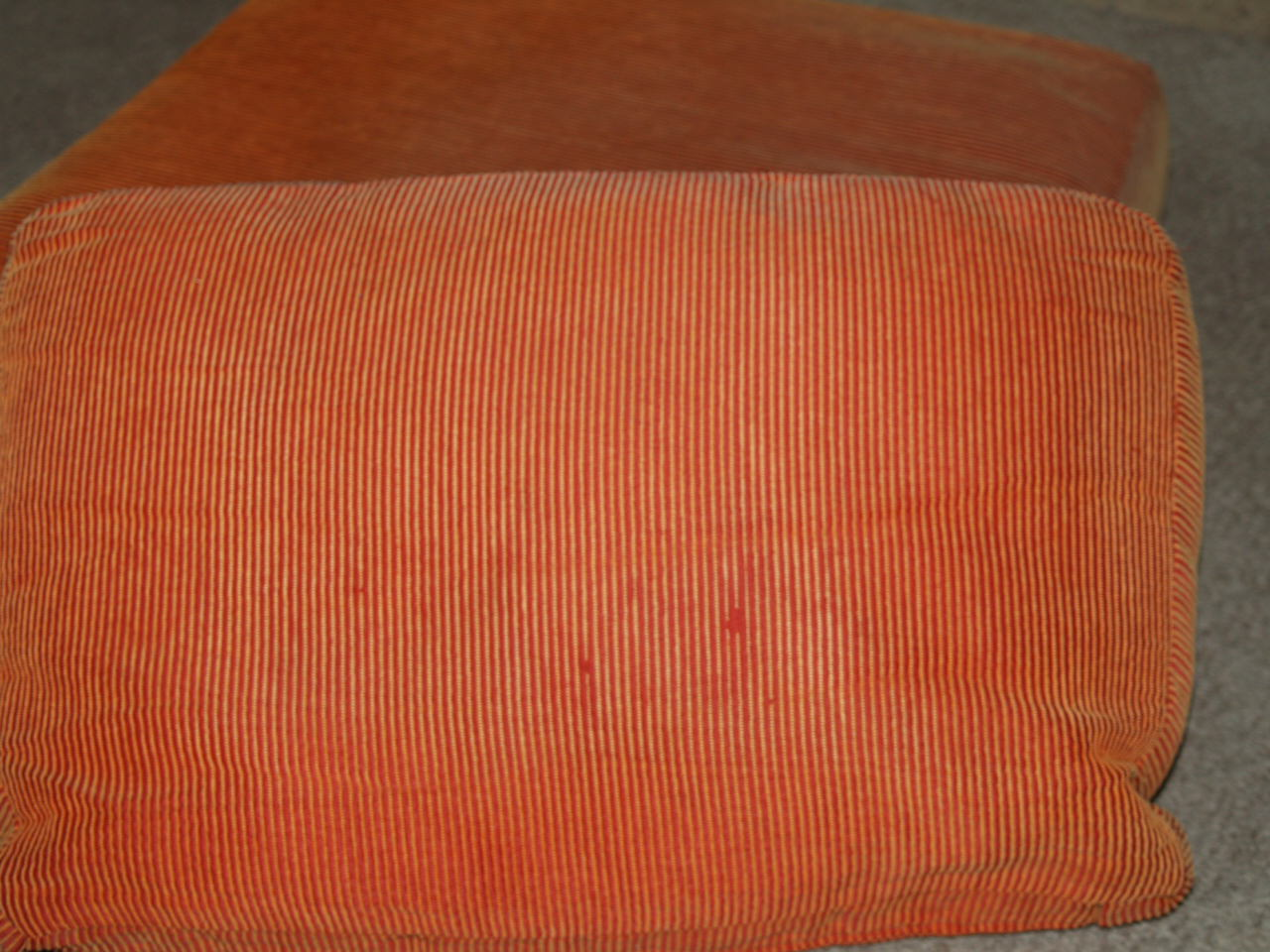 How to recover a chair cushion! - Best Fabric Store Blog