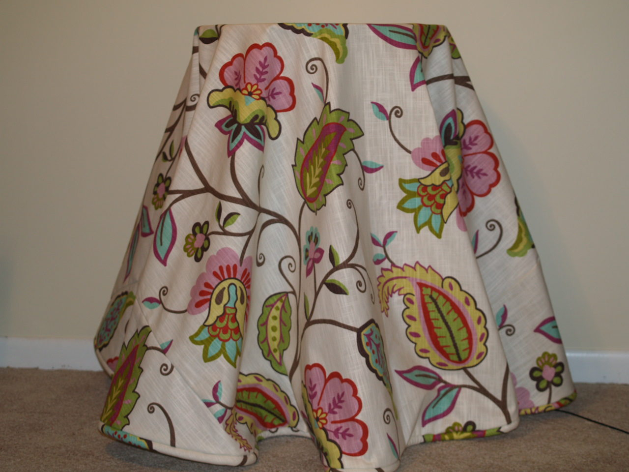 How to make a fabric table cover - Olympus Digital Camera